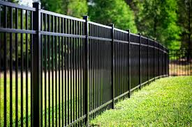 Aluminum fences in Tampa