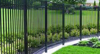 Aluminum fences in Brandon