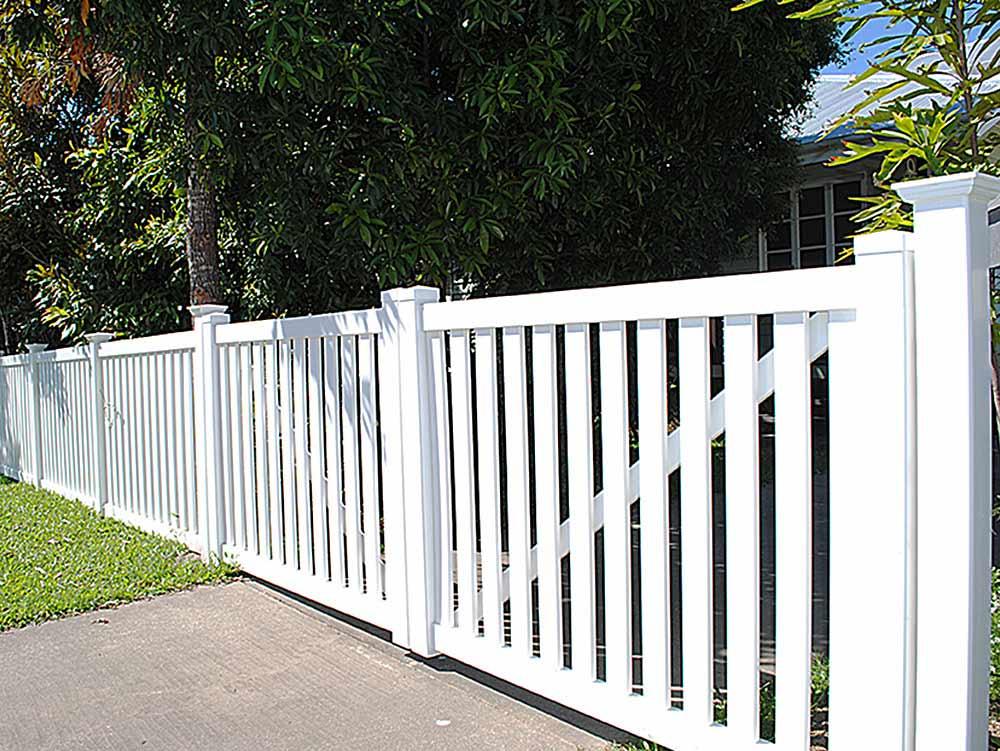 Vinyl fences in Tampa
