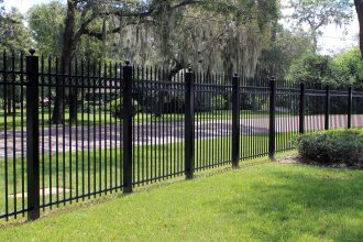 Aluminum fence in Tampa
